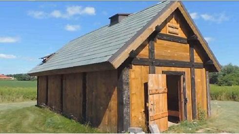 UWGB Grindbygning (Viking Saga House), Green Bay